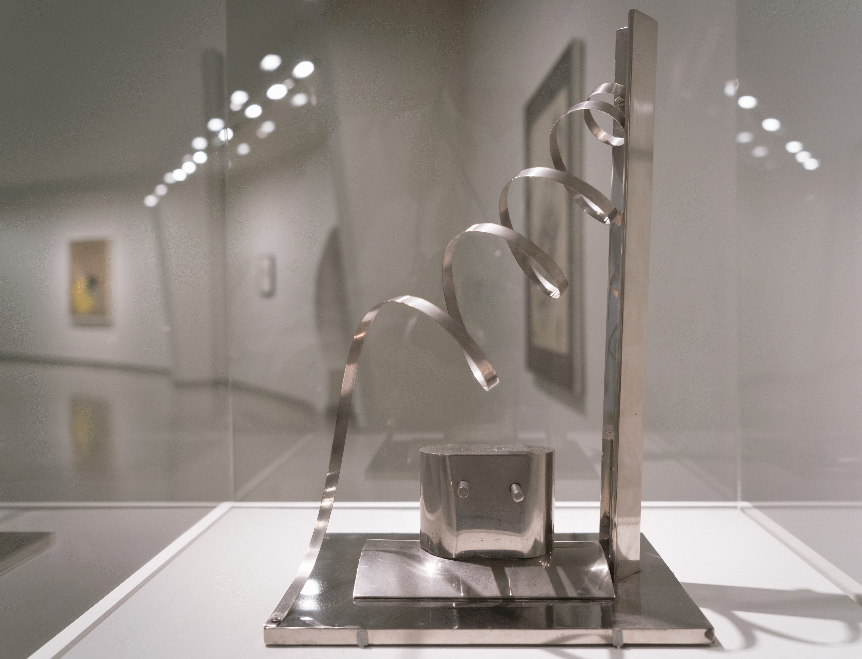 Moholy-Nagy-Nickel-Plated-Install-exh_ph037