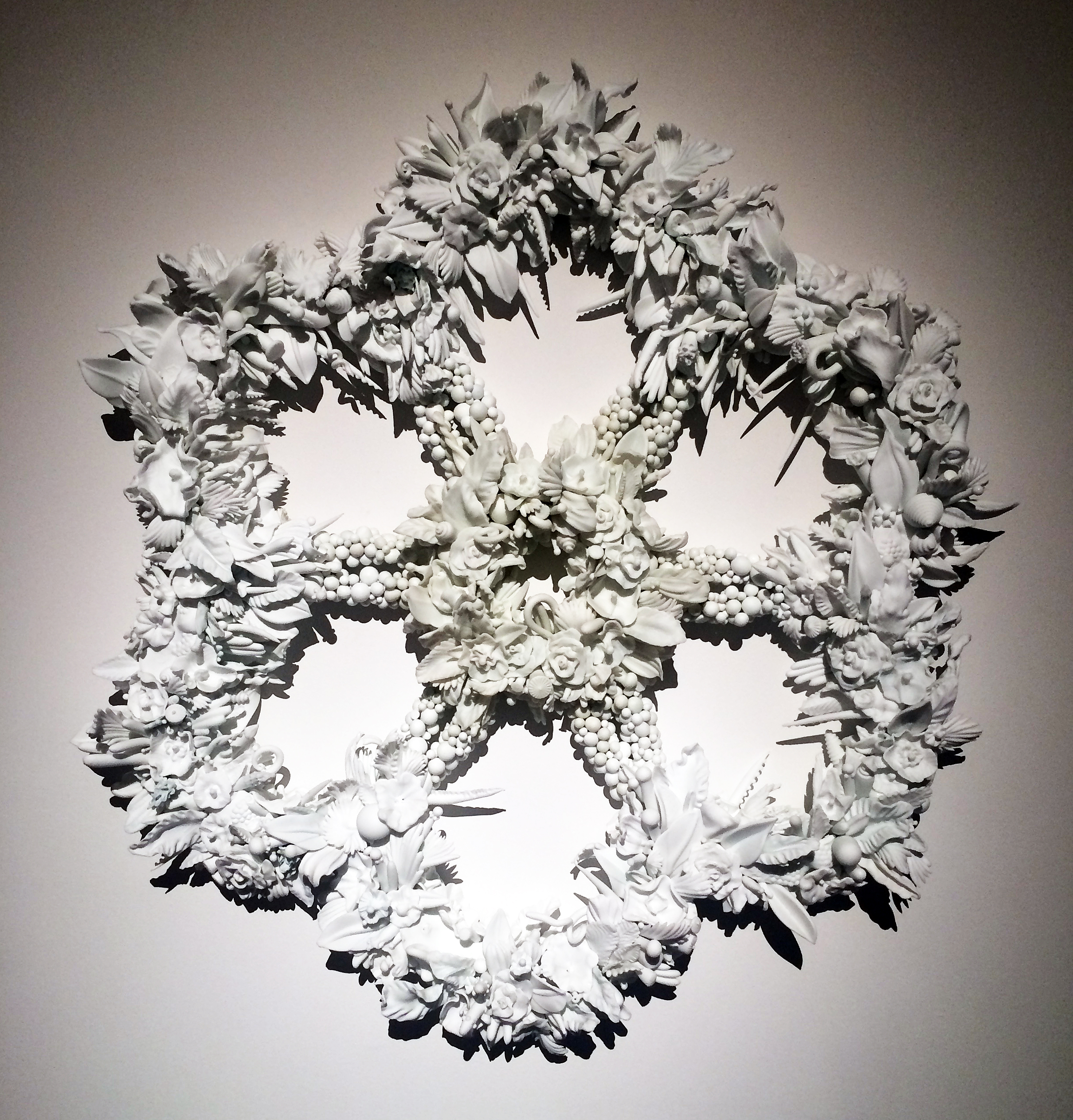image-1-amber-cowan-rosette-in-milk-and-ivory-flameworked-pressed-and-sheet-glass-mixed-media